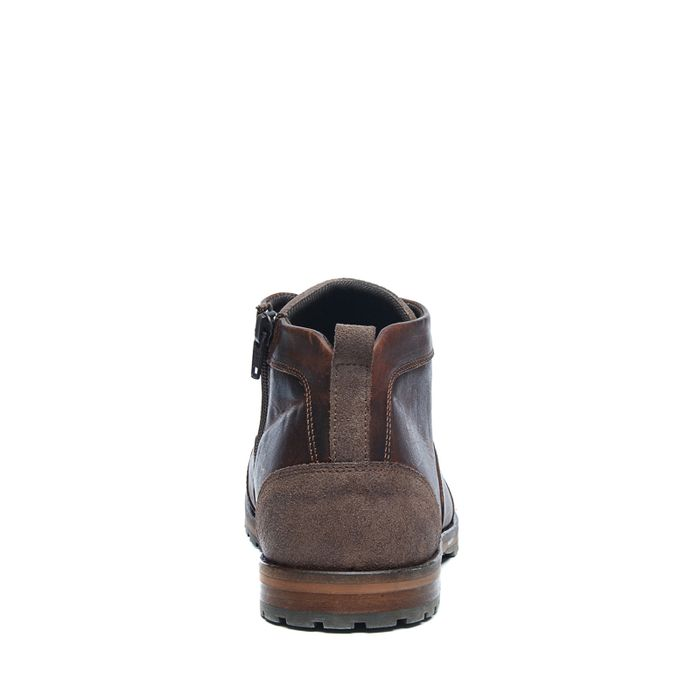 Braune Schnürschuhe mit hohem Schaft