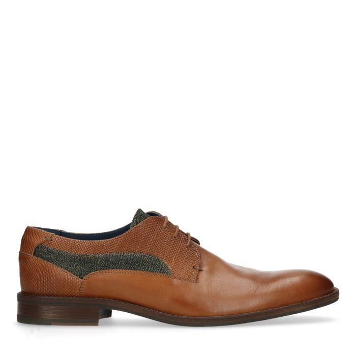 Cognacfarbene Schnürschuhe mit Muster