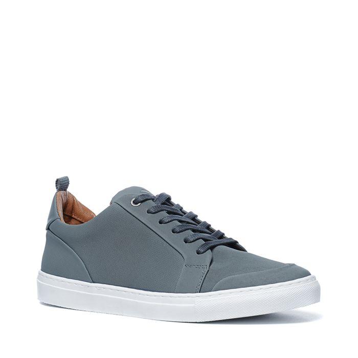Graue Sneaker