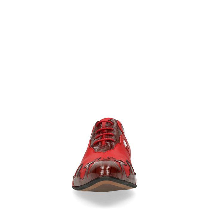 Rote Schnürschuhe mit Flammen-Muster