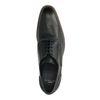 Schwarze Schnürschuhe mit Details