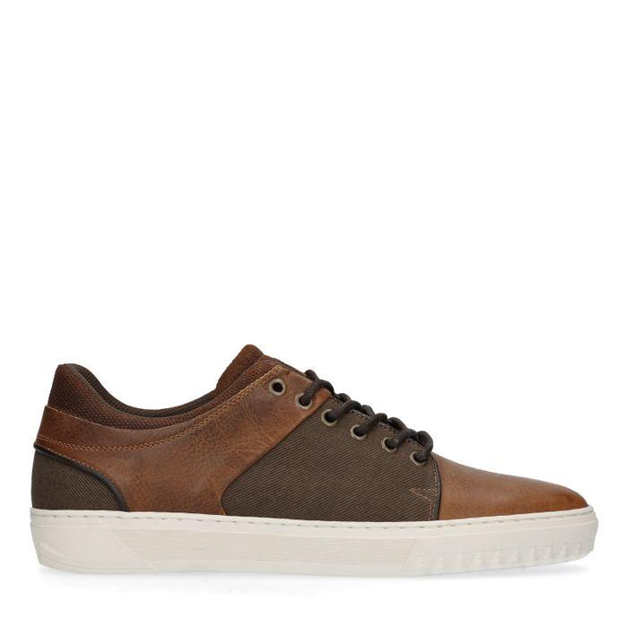 Cognacfarbene Sneaker aus Leinen und Leder