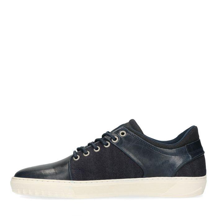 Blaue Sneaker aus Leinen und Leder