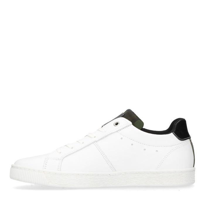 Weiße Sneaker mit schwarzen Details