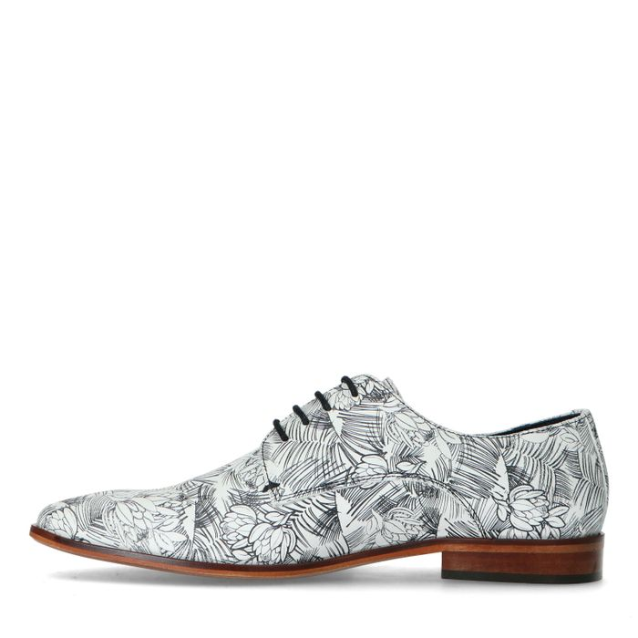 Leder-Schnürschuhe mit schwarz-weißem Print