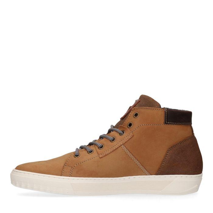 Cognacfarbene High-Sneakers mit Kunstfell