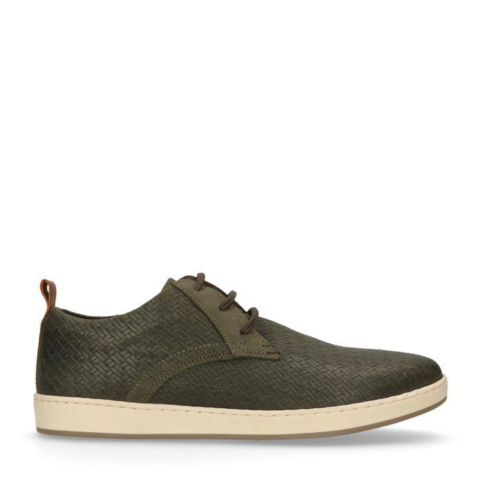 Grüne Sneaker mit Flecht-Struktur