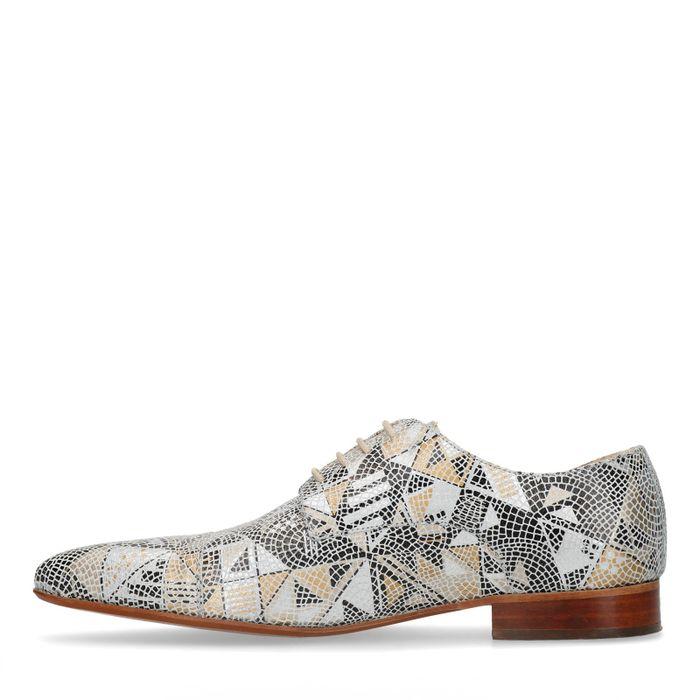 Beigefarbene Schnürschuhe mit Mosaik