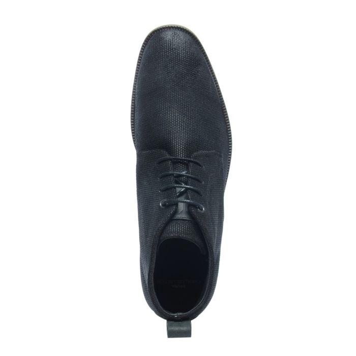 Schwarze Schnürschuhe mit Struktur