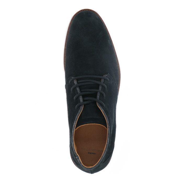 Schwarze Schnürschuhe aus Veloursleder