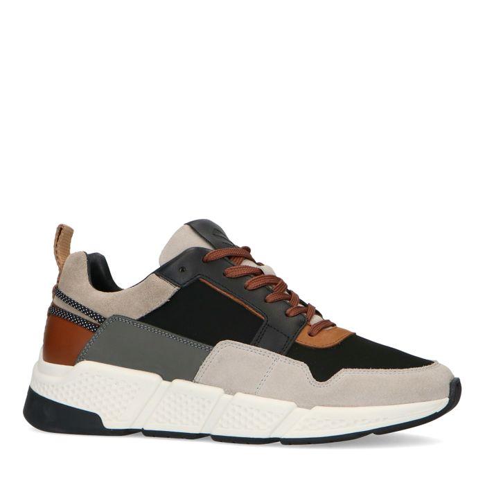 Graue Sneaker mit cognacfarbenen Details