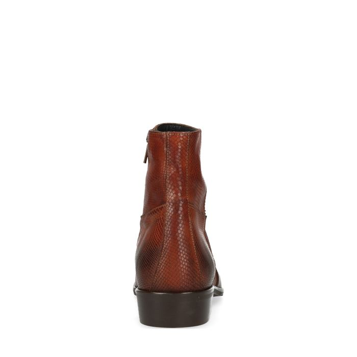 Bottines basses motif peau de serpent - cognac
