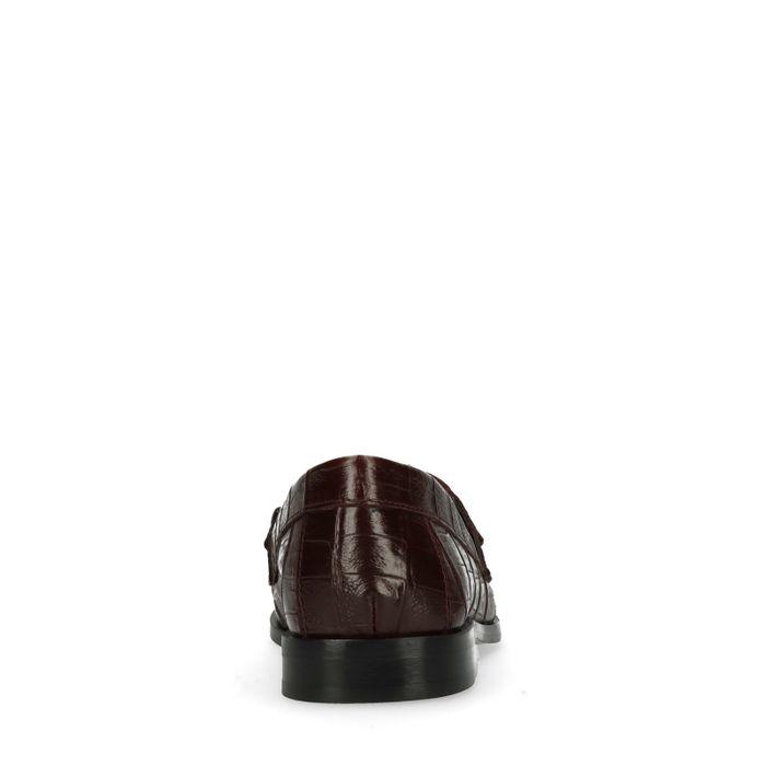 Bordeauxrote Loafer mit Kette