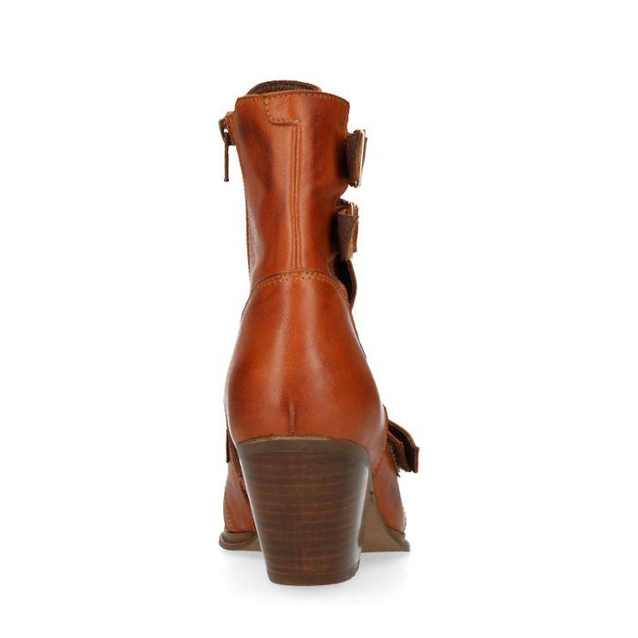 Cognacfarbene Schnürstiefeletten mit Cut-outs