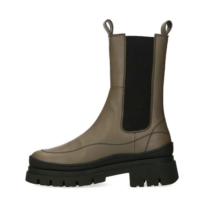 Kaki Chelsea Boots