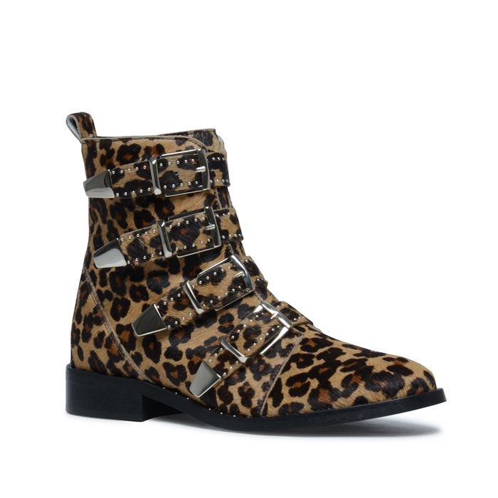 Buckle Boots mit Leopardenmuster