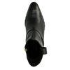 Kurze schwarze Lederstiefel mit Nieten