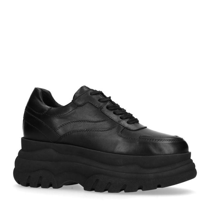 Schwarze Leder-Sneaker mit chunky Sohle