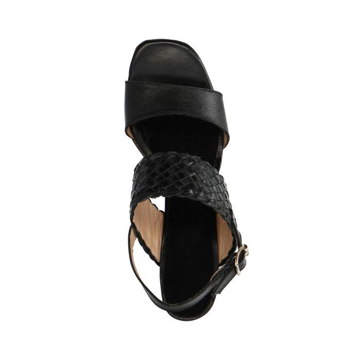 Schwarze Sandaletten mit Flecht-Detail