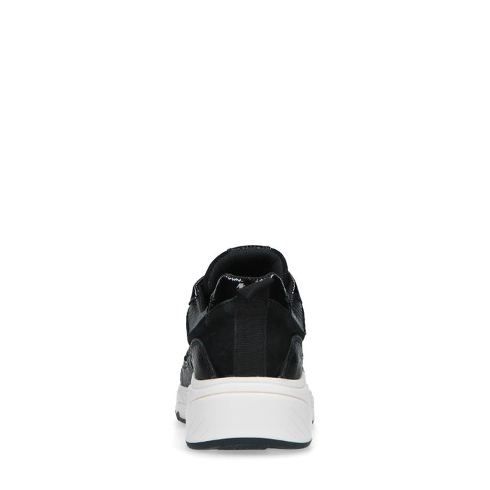 Schwarze Sneaker mit Leder-Detail