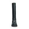 Schwarze Stiefel mit markanter Sohle und hohem Schaft