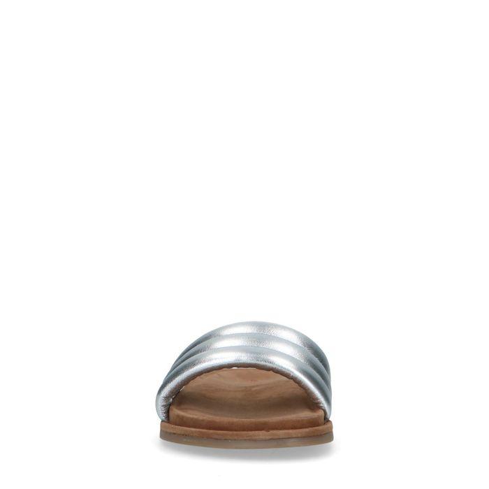 Silberfarbene Ledersandalen mit breitem Riemchen