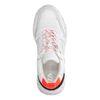 Weiße Dad-Sneaker mit Neon-Details