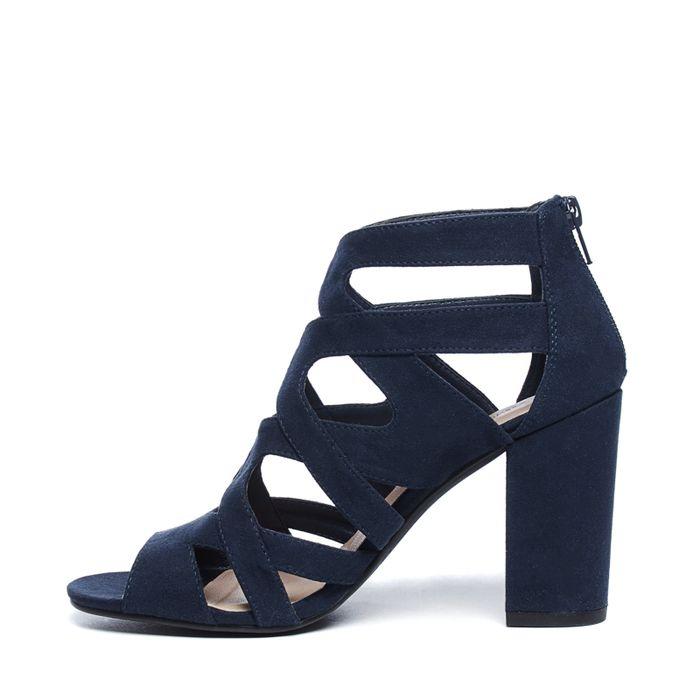 Offene dunkelblaue Sandaletten