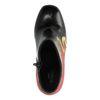 Schwarze Stiefeletten mit Absatz und Flammen-Muster
