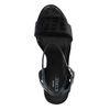 Schwarze Sandaletten mit Blockabsatz und Krokomuster