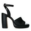 Schwarze Sandaletten mit hohem Absatz