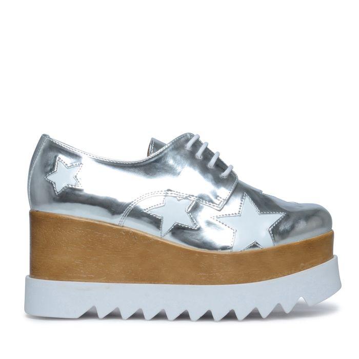 Metallic-Schnürschuhe mit weißen Sternen