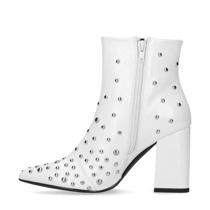Weiße Absatz-Stiefeletten mit Nieten