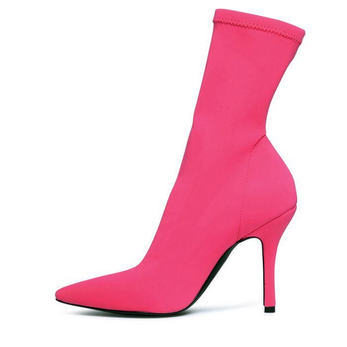 Roséfarbene Sock Boots mit Absatz