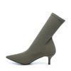 Kakigrüne Sock Boots mit Kitten-Heel