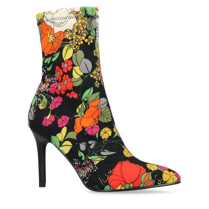 Schwarze Sock Boots mit Blumenmuster