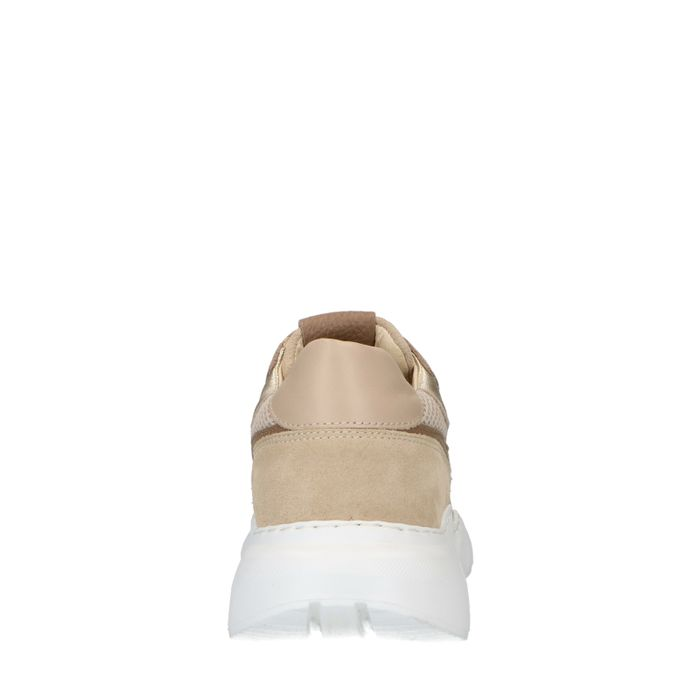 Beigefarbene Dad-Sneaker aus Veloursleder