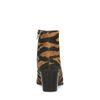 Cognacfarbene Absatz-Stiefeletten mit Zebramuster