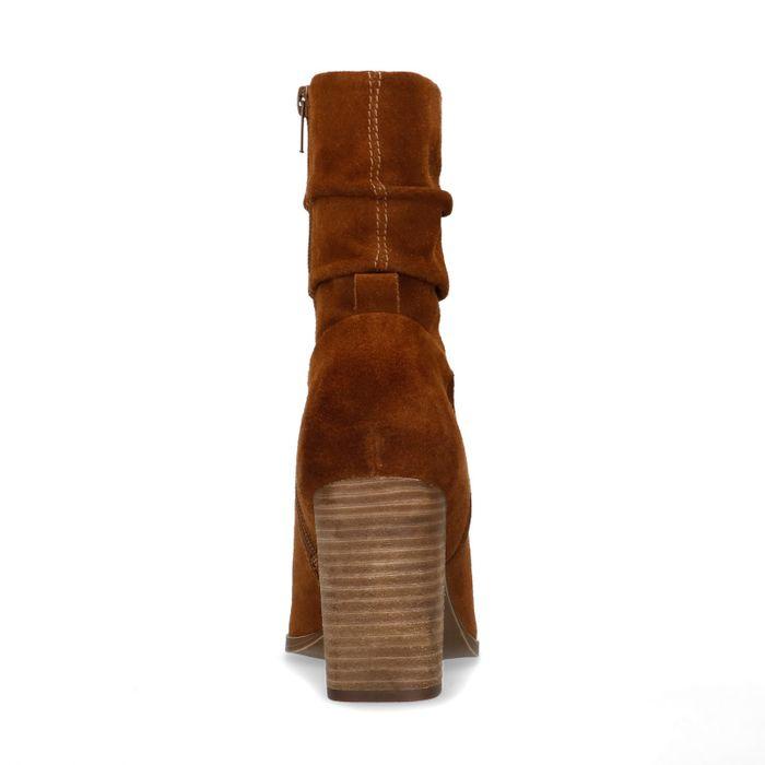 Cognacfarbene Absatz-Stiefeletten aus Veloursleder