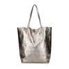Bronzefarbener Shopper im Metallic-Look