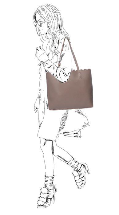 Nudefarbene Handtasche mit Clutch