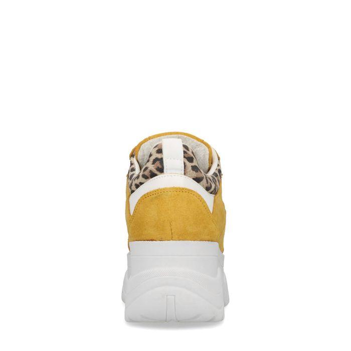 Okergele chunky sneakers met luipaard detail
