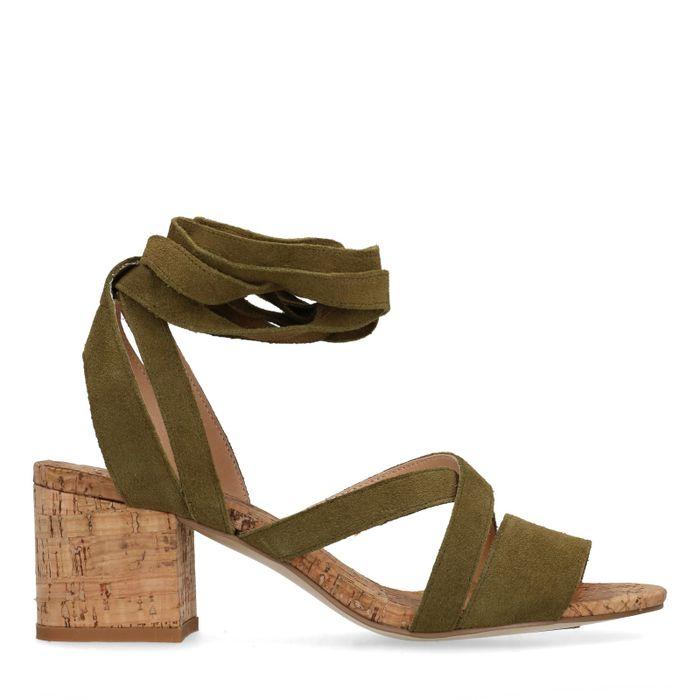 Grüne Sandaletten mit Blockabsatz